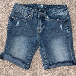 Seven for man kind jean shorts